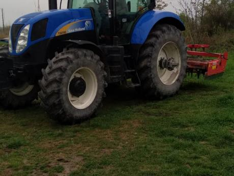 New Holland, T6090